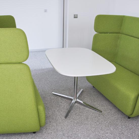 Vue d'un espace de soft seating chez DV Construction à Orléans